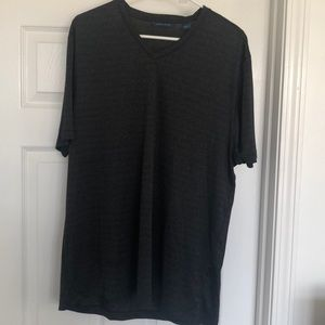 Perry Ellis v neck shirt
